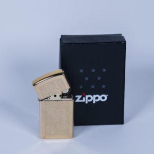 zippo clasico dorado